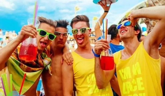 3 Tips for Throwing a Great Mobile Bachelor Party
