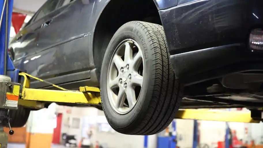 Signs Your Vehicle Needs Service