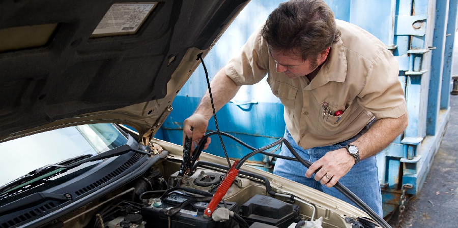 Signs You Need Car Repair Services
