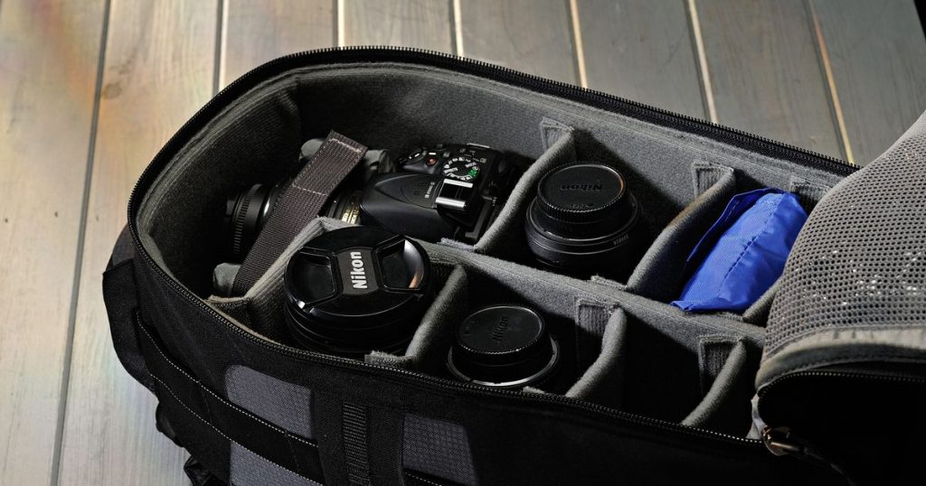 How To Pick Out A DSLR Camera Bag