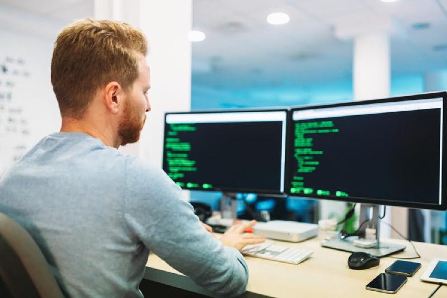 Different Things You Must Do To Get Started as a Software Consultant