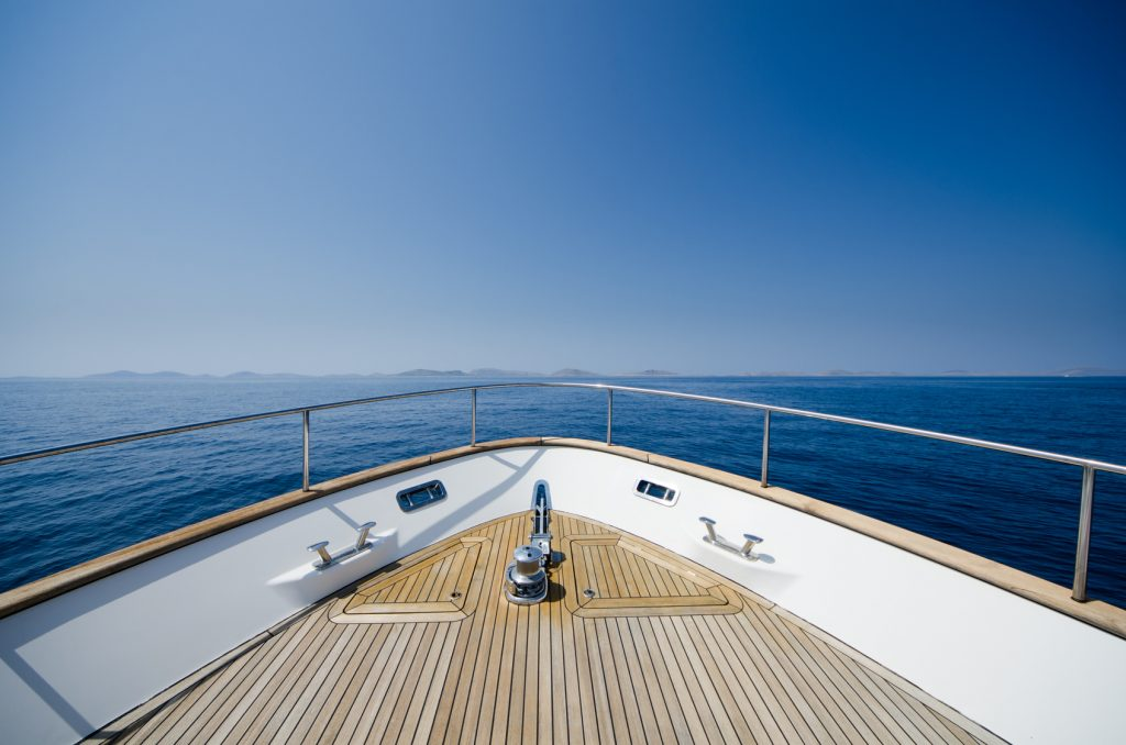 What You Need To Know Before You Buy a Boat